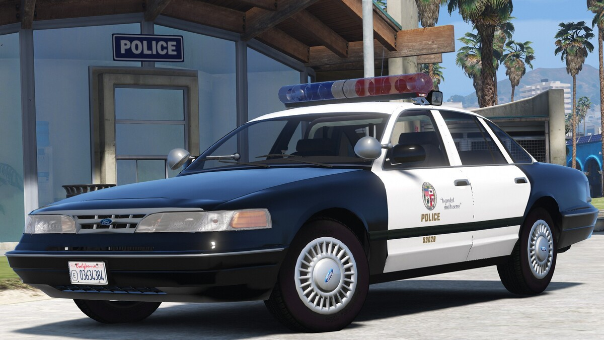 1996 Ford Crown Victoria P71 - Los Angeles Police