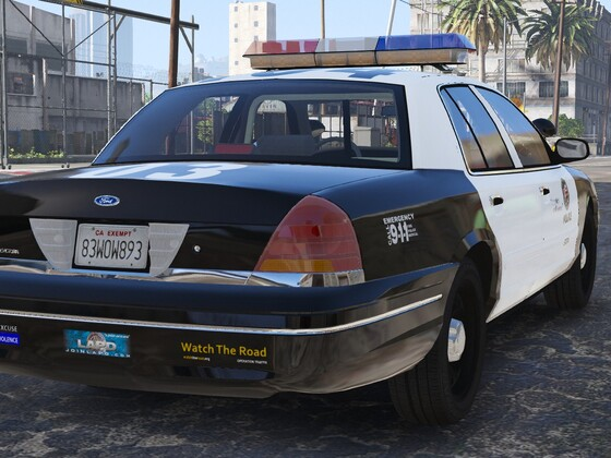 1998 Ford Crown Victoria P71- Los Angeles Police Dept