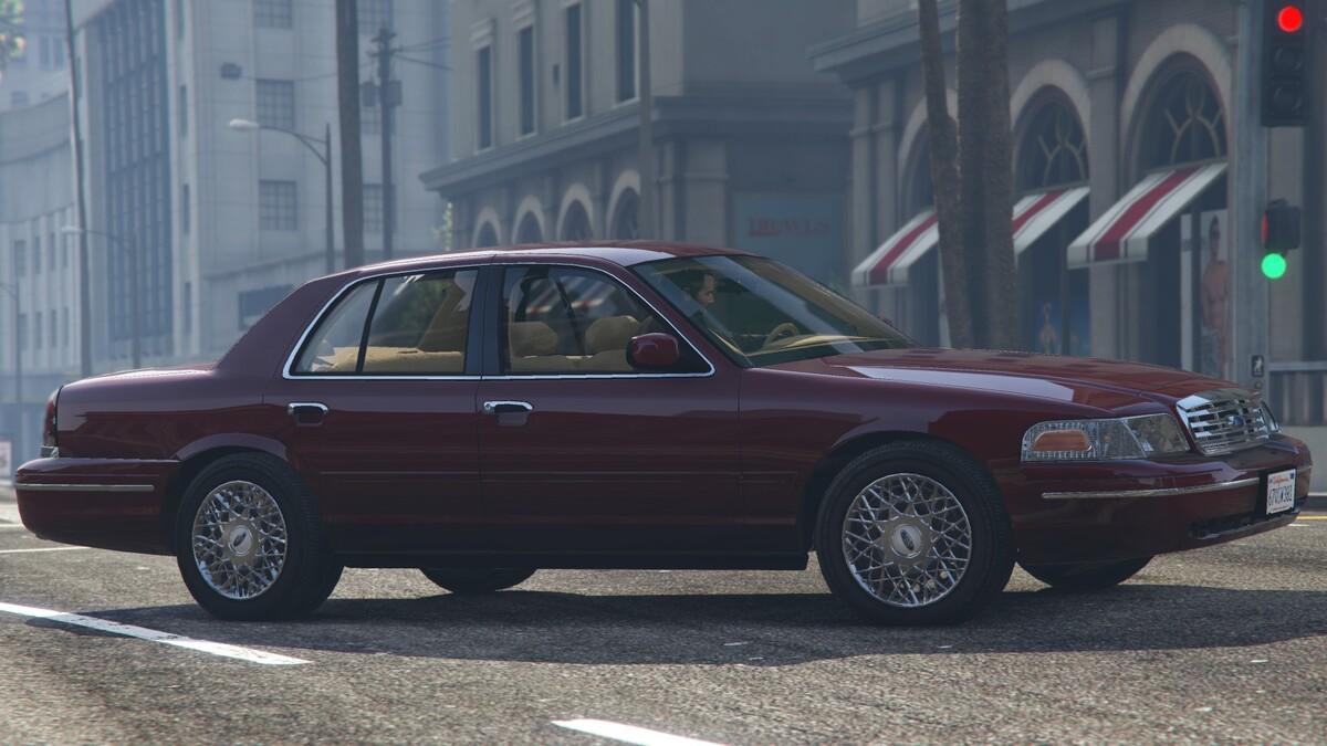 '02 Crown Vic P73
