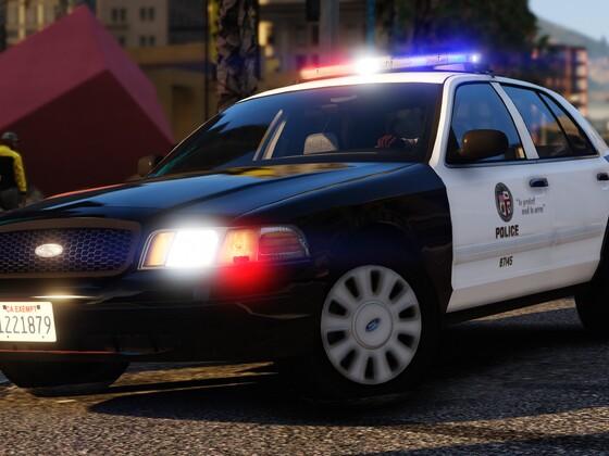 LAPD Rollin in hot!