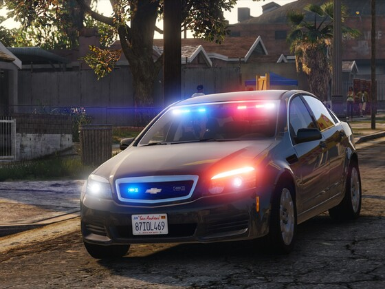 LSPD's Gang Unit responding to Grove Street